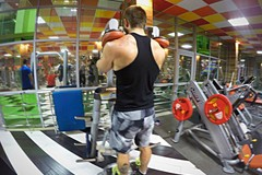 Calf-machine shoulder shrug